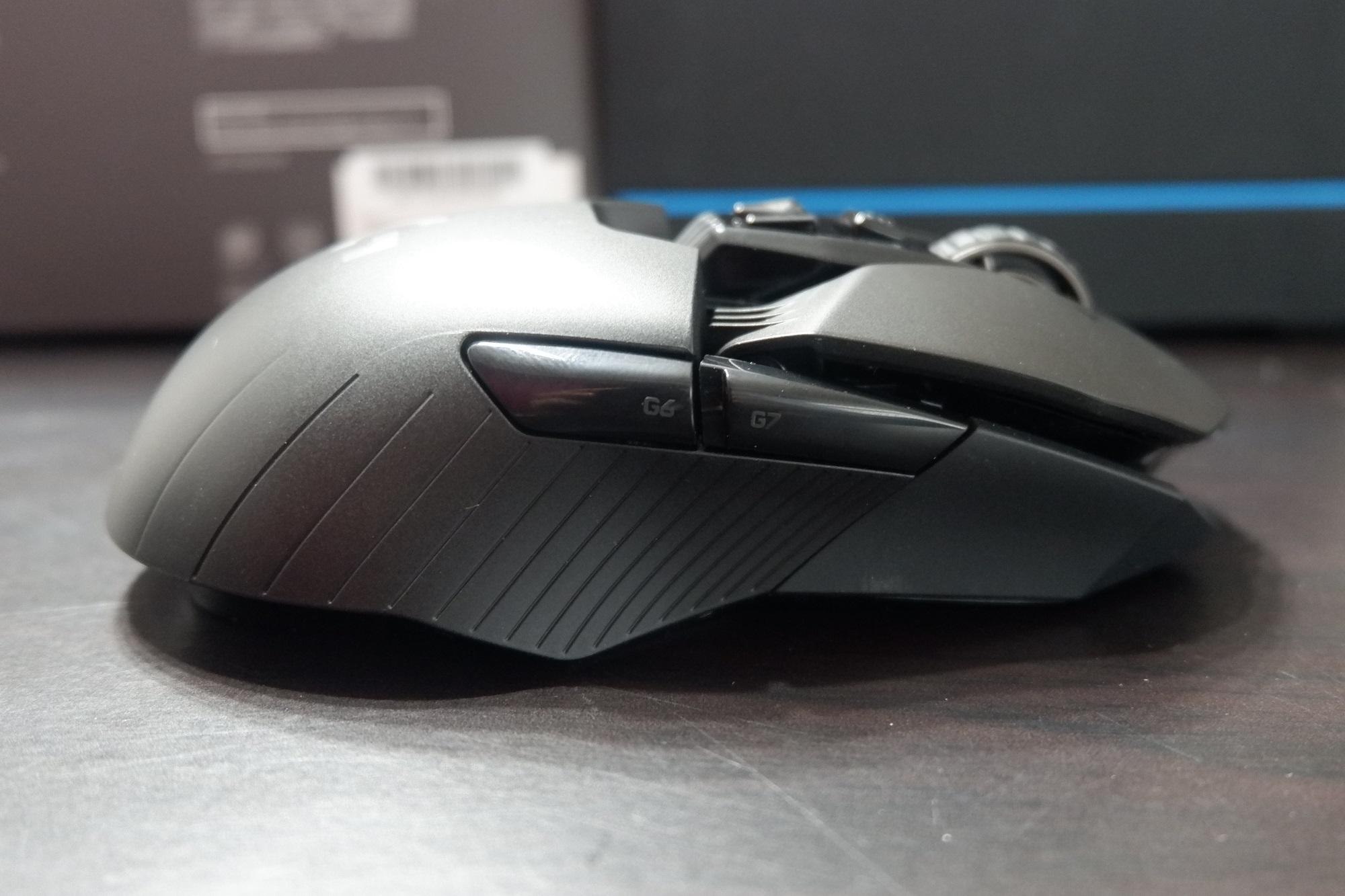 G903 - 右側面部品取り付け後