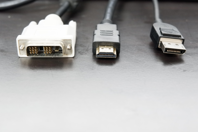 ディスプレイ接続用ケーブル
