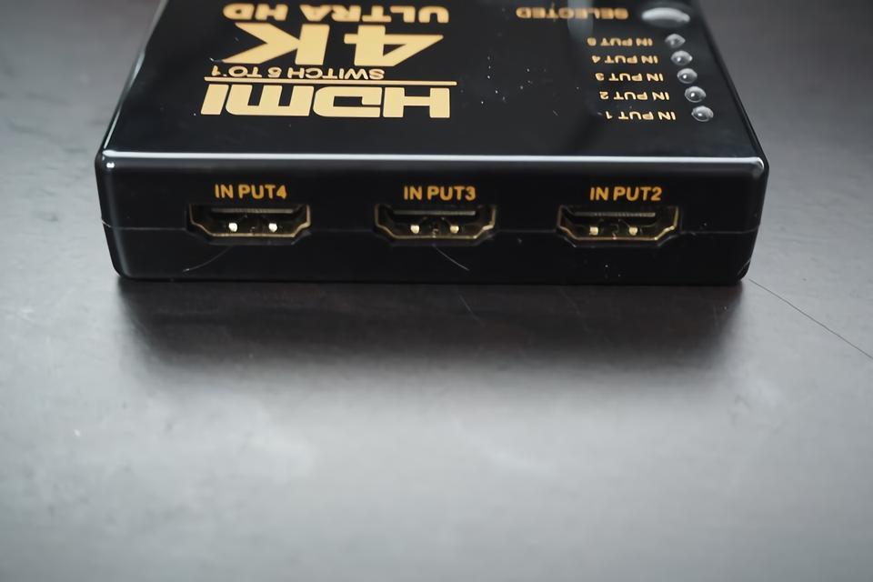 HDMIセレクター - 本体背面