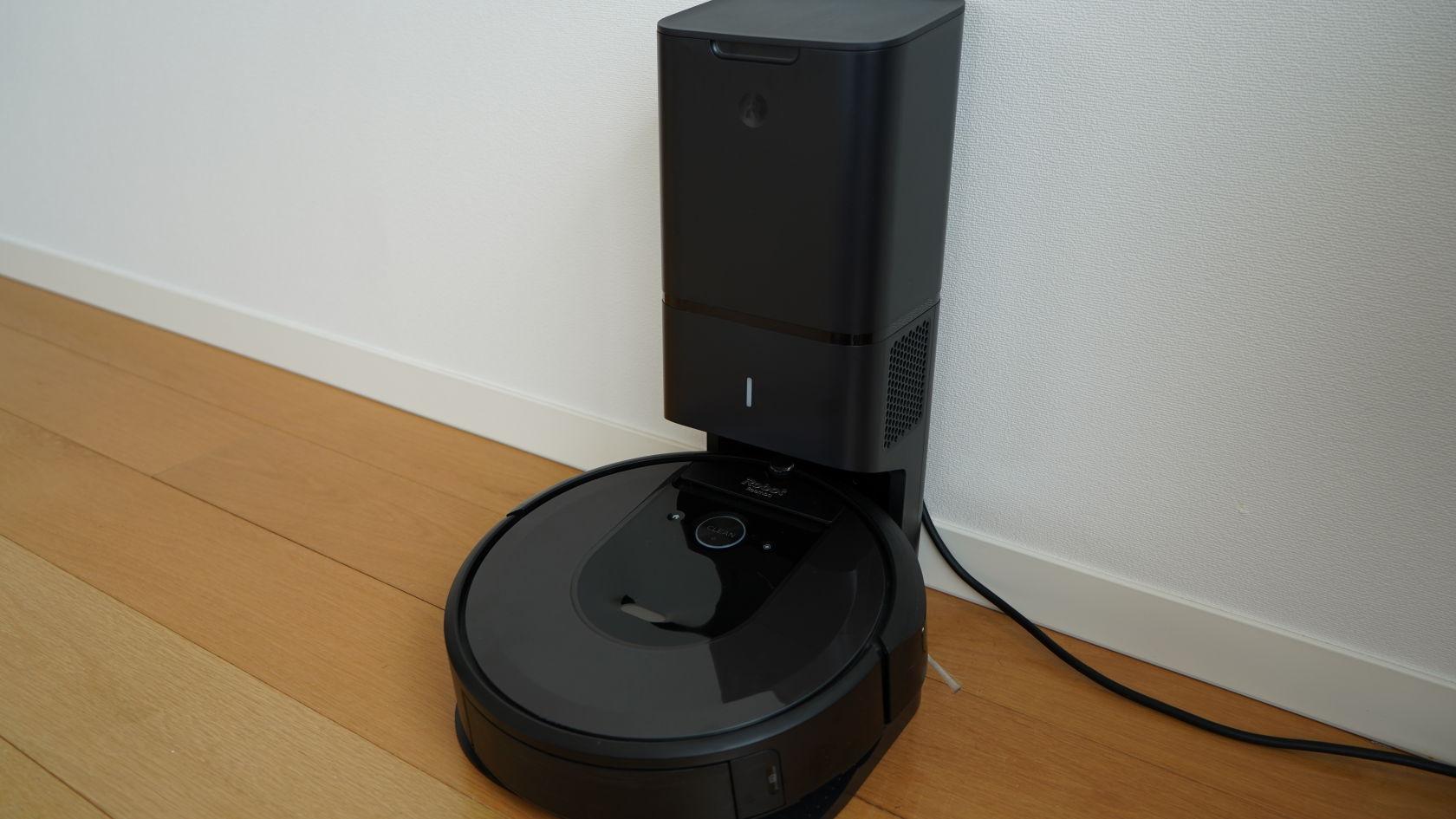 iRobot Rommba i7+ - クリーンベース