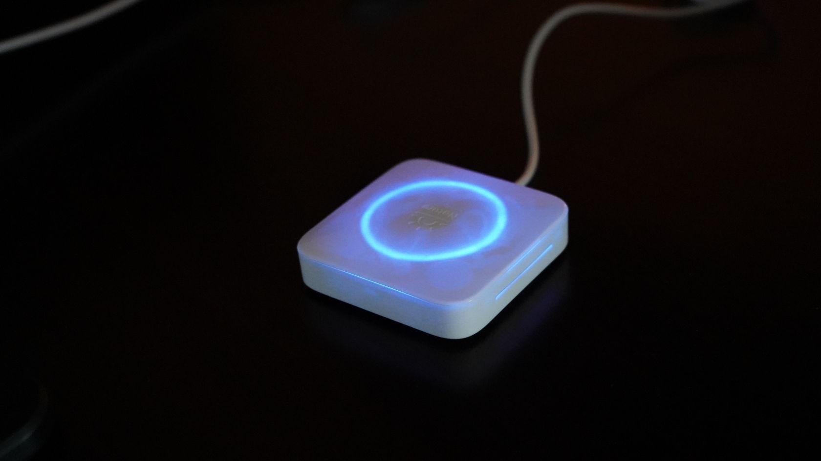 Nature Remo - 赤外線送信時LED