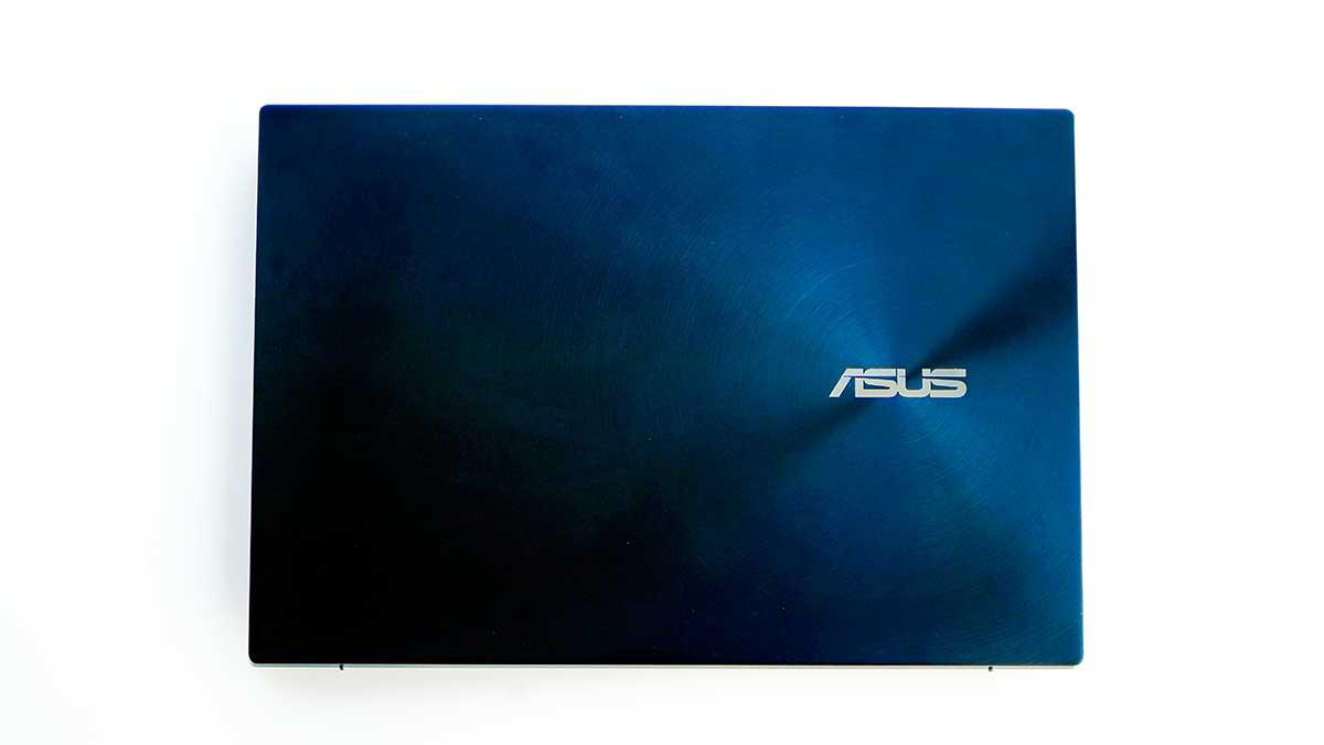 ASUS ZenBook Pro Duo UX581GV - 外観